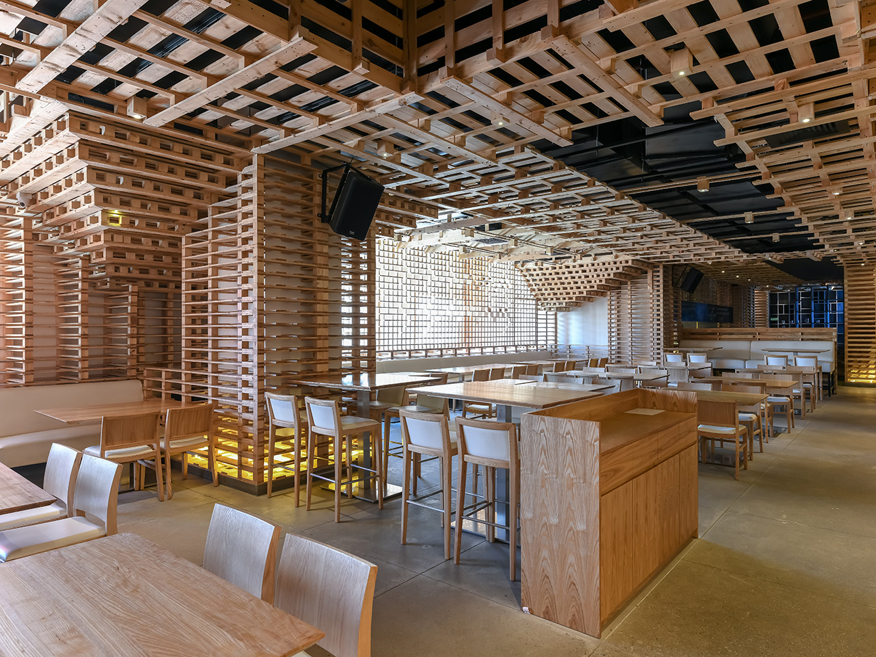 The Pallet - Brewhouse & Kitchen <abbr> Bengaluru, Karnataka <br>SPF panelling, cladding and ceiling <br><br>Platinum award winner at the International A'Design & Competition 2017-2018, Italy <br> Bronze award winner at International Design Awards, LA in the sustainable/green interiors category</abbr>